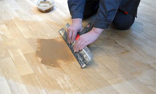 Шпаклевание деревянного пола для укладки ламината на подложку
