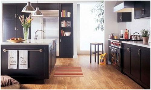 Срок службы и износостойкость линолеума на кухне