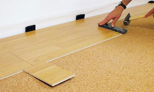 Пробковая подложка под ламинат на деревянный пол