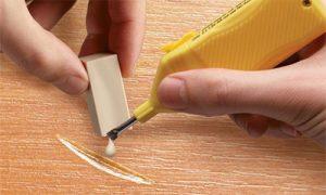 Как убрать царапины с ламината