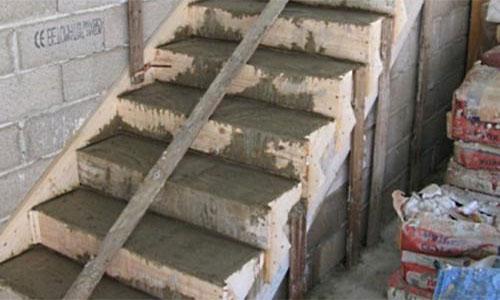 Обшивка бетонной лестницы ламинатом