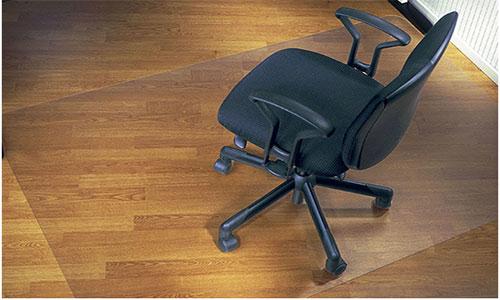 Пластиковый коврик под кресло на колесах